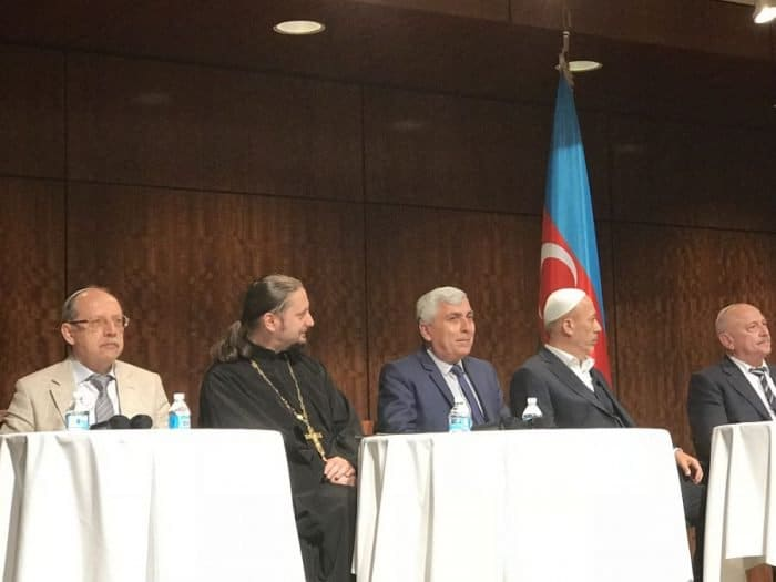 From L-Yavgeny Brenneysen, Vice President of the Ashkenazi-Jewish Community, Archpriest Mefody Afandiyev Russian Orthodox Church, Robert Mobili, Head of the Caucasian Albanian Udi Christian Community, Fuad Nurullayev, Deputy to Sheikul-Islam