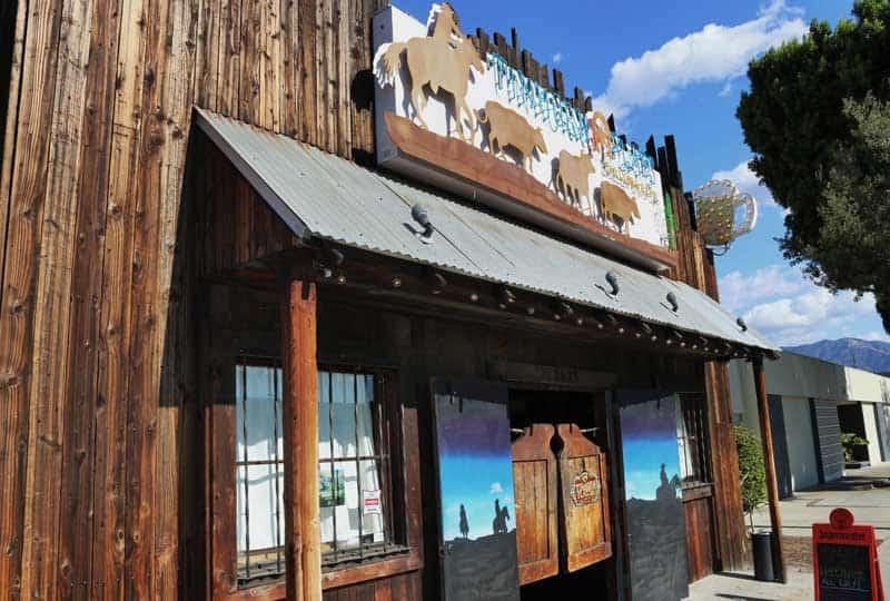 tinhorn flats saloon