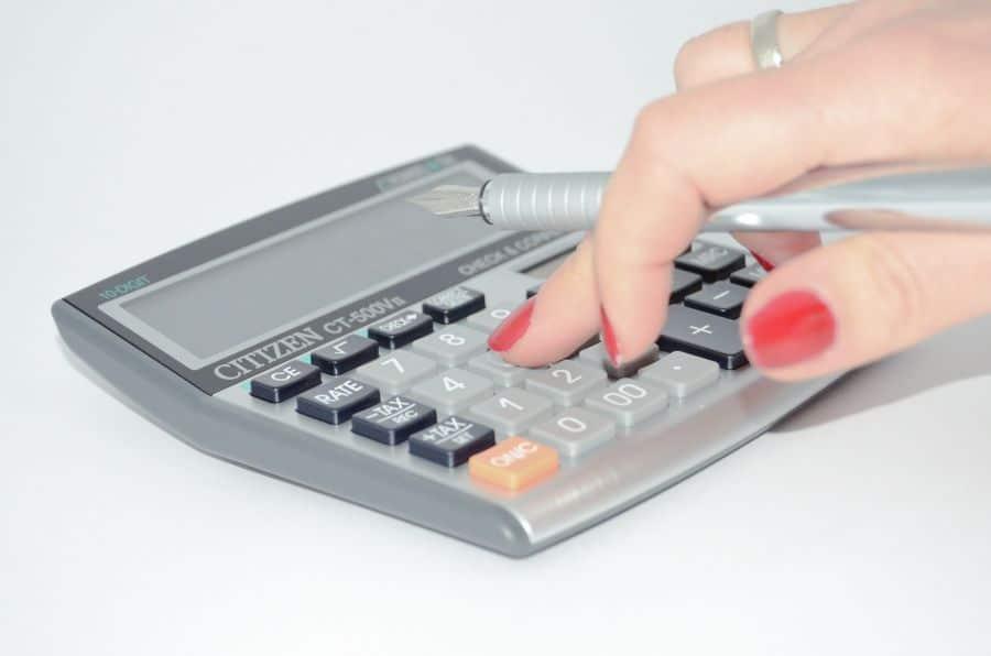 desk calculator for business budget