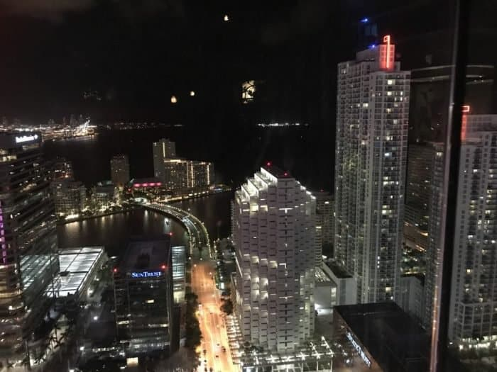 Miami at night, a view from the train - Photo Nurit Greenger