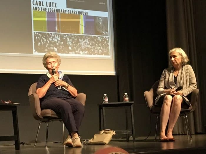 Agnes Hirschi [R] and Charlotte Schallié [L] on stage telling the Carl Lutz story