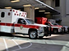 ambulance, F. Muhammad pixabay