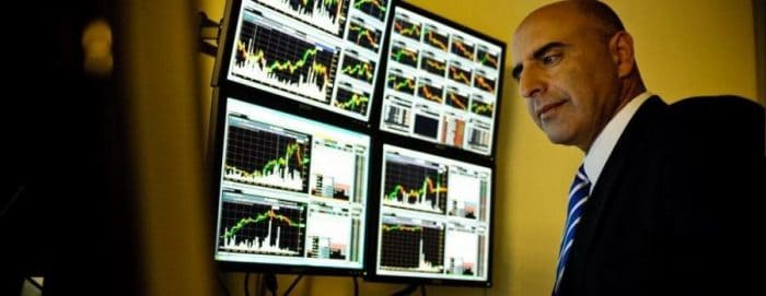 Tradenet's Live Trading Room & Other Features 3