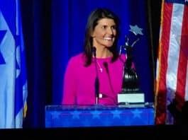 Ambassador Nikki Haley with the Iron Dome Award at AFMDA dinner in Los Angeles, CA