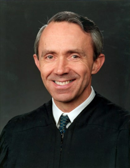 Retired Associate Justice David Souter opposes second amendment.