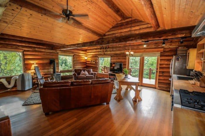 Celebrity Log Homes 1
