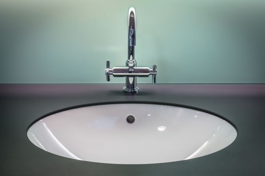 faucet with Moen cartridge 1222 in bathroom sink. Image by Pexels from Pixabay