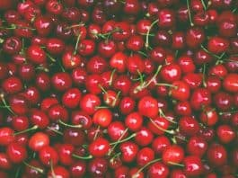 Cherries. Image by Pexels from Pixabay