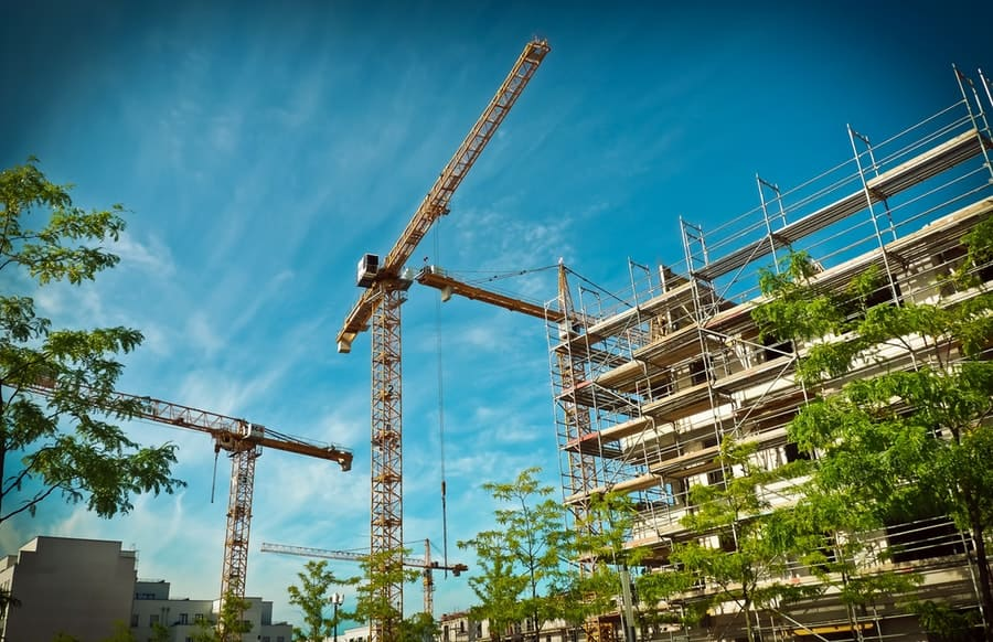 New Construction, Home Prices Down In Shifting Real Estate Market. Image by Hands off my tags! Michael Gaida from Pixabay