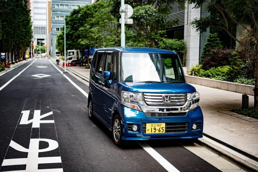 japanese rental car. Image by daniel klein- on unsplash