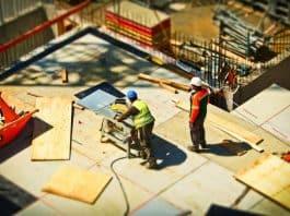 construction crew. Image by MichaelGaida from Pixabay