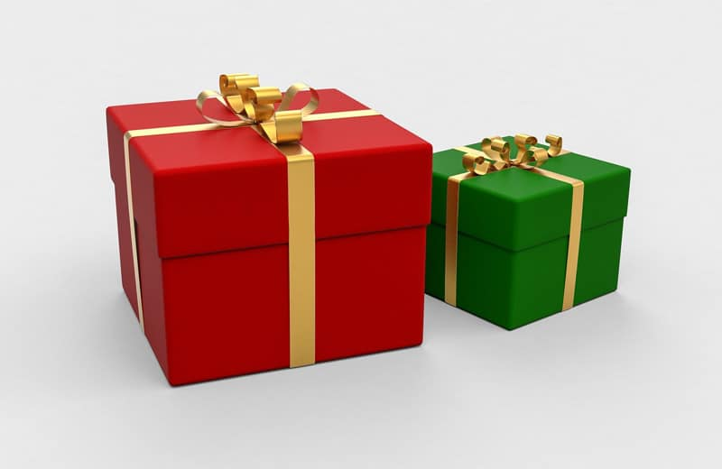 Christmas time gifts Image by Arek Socha from Pixabay