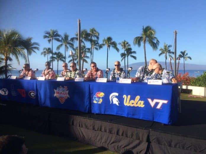 Maui Jim Invitational Coaches Table. Photo: Raymond Rolak