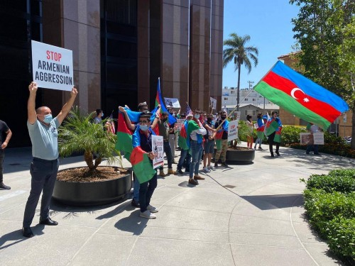 The Azerbaijan protesting group - Photo credit Azerbaijan Consulate General