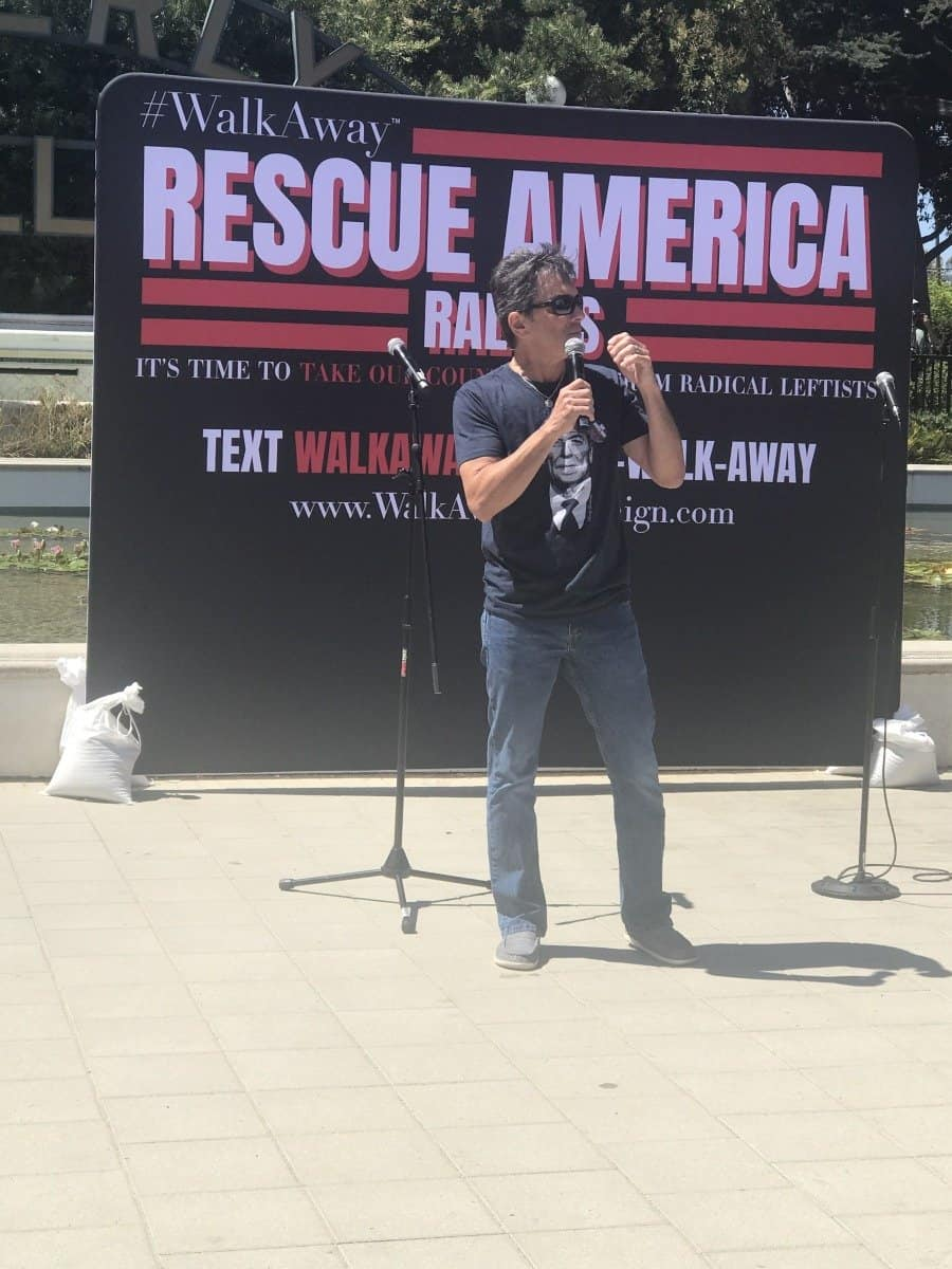 Rescue America rally-Actor Scott Baio speaks - Photo credit Nurit Greenger