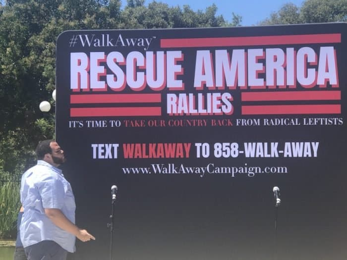 Rescue America banner - Photo credit Nurit Greenger