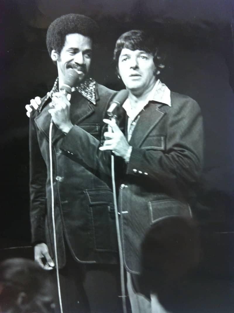 Tim e Tom no Sr. Kellys.  Foto c / o Tom Dreesen.