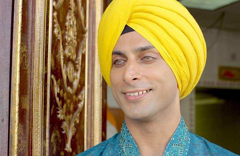 Tango Shalom Sikh Hamza Zaman as Ravi Prajna