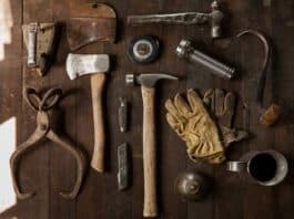 challenges handymen face. Image by Free-Photos from Pixabay